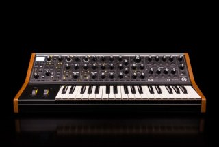 Moog Synths and Pedals Subsequent® 37 on RigShare